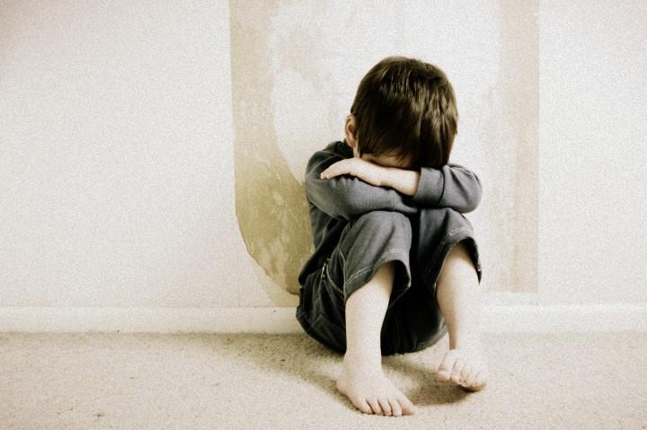 如何處理小朋友的自殘行為
